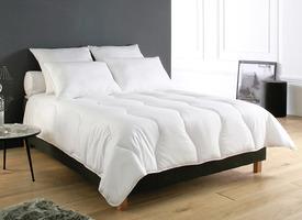 literie et protection collection linge de maison blanc des vosges. Black Bedroom Furniture Sets. Home Design Ideas
